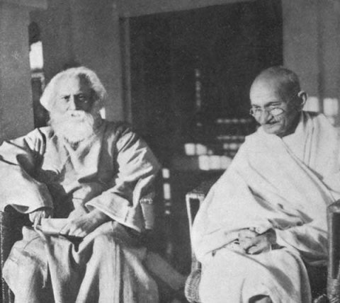 http://www.discoveringindia.com/cache/people/tagore-gandhi.jpg_w480.jpg